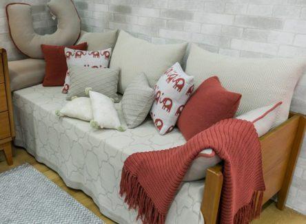 linha-bo-cama-sofá-madeira-ambiente-1