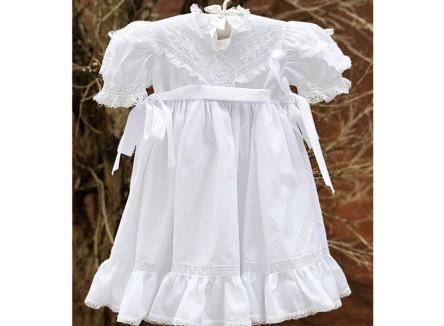 Vestido Branco Bordado Helen Curto 1.1